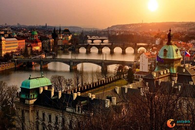 WEEKEND MAJOWY Czechy- Praga